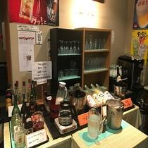 飲み放題コーナーでは飛騨の地酒もご用意しております♪