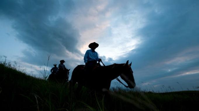 【ホーストレッキングステイプラン】☆西部開拓スペシャルコース♪【乗馬6㎞・スペシャルコース】