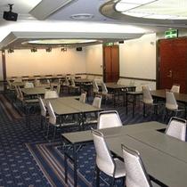 会議室(六甲全)島型
