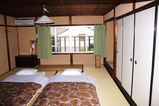 床の間のある10畳和室 無線LAN接続無料