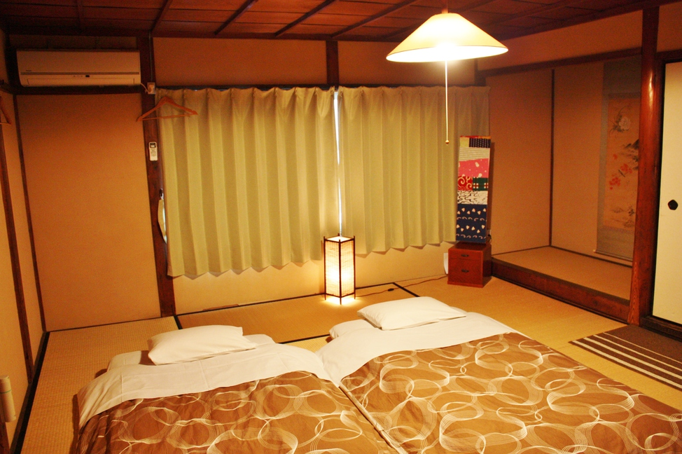 Deluxe Private Room 10畳和室(2階)