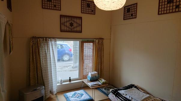 個室5.5畳(駐車場無料)