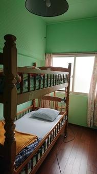 個室4畳2段ベット(個室)