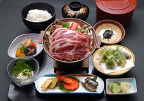 米の娘ぶたの陶板焼きコース一例