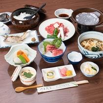 *【旬の特選2食付】地元の食材を中心に使った料理を8品程、ご用意いたします。