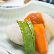 *【旬の特選2食付】煮物一例