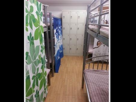 男性専用シェアルーム 1-10人(2段ベッド)