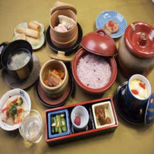 朝食(料理一例)