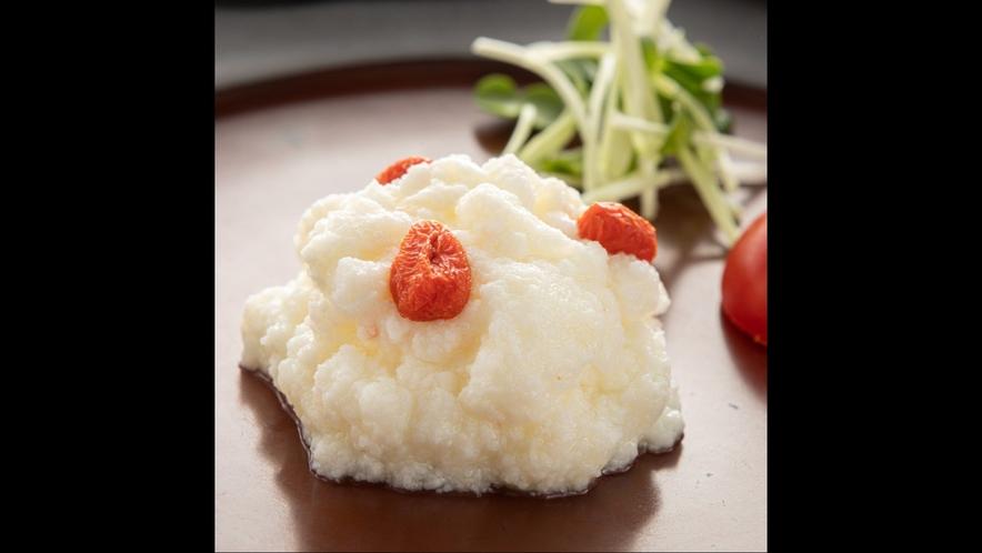 【薬膳懐石】卵白と貝柱の炒めもの
