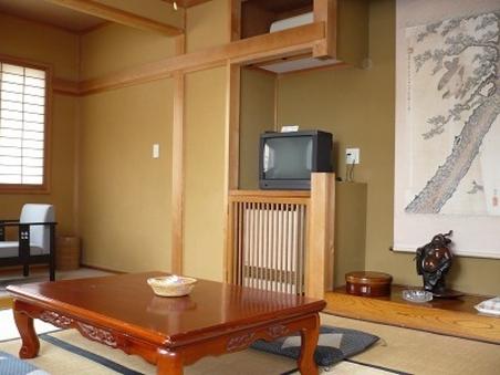 和室3人〜4人部屋/洗面・トイレ付