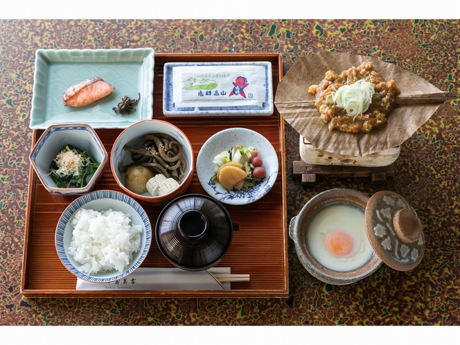 朝食 朴葉味噌付和定食