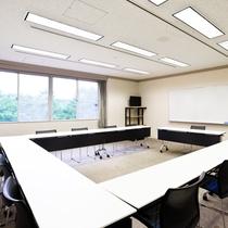 ◆小会議室 30名様までの会議に対応致します