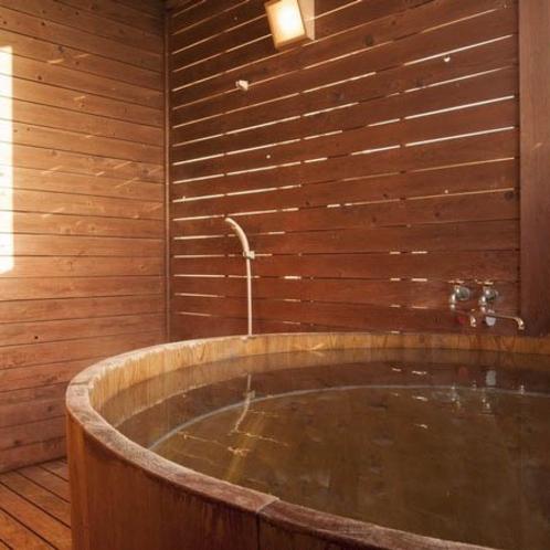 貸切露天風呂「うさぎのワルツ」
