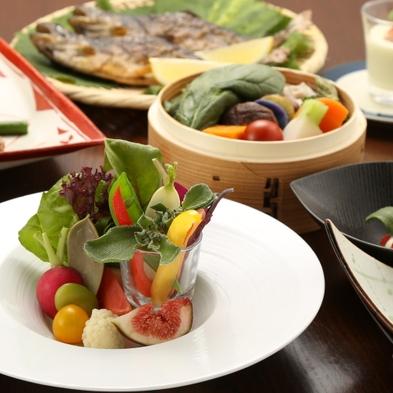 【小梅や スタンダードプラン】◇源泉かけ流しの温泉と身体にやさしい野菜中心のお料理でおもてなし◇