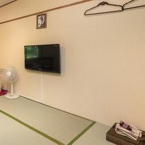 ■森側6畳■全室2Fに客室がございます。液晶テレビを設置しております