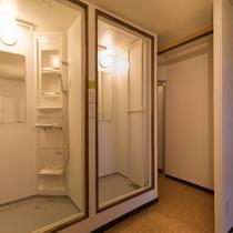 ■大浴場■女湯には洗い場と別に、シャワルーム2室のご用意がございます