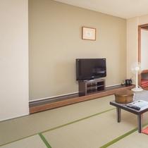 ■海側8畳■全室2Fに客室がございます。液晶テレビを設置しております