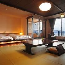 【セミスイート◇美湖の雫】お部屋は諏訪湖を望むゆったりとした和室12畳。
