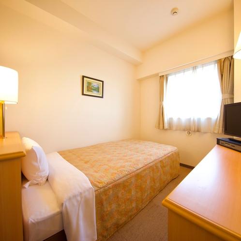 シングルルーム ※セミダブルサイズのベッドで広々♪ 12平米 120cm×195cm