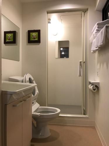 洋室5名様用 シャワー・トイレ付き