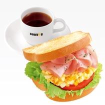 朝食 例3 ドトールコーヒーで使える380円分のチケットをお渡しいたします。