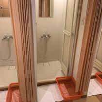 シャワールーム(共同バス・トイレ宿泊プラン用)※パッケージ販売のみ