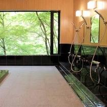 2015年6月リニューアル!新緑や紅葉の四季を眺めることの出来る癒しのお風呂です◇