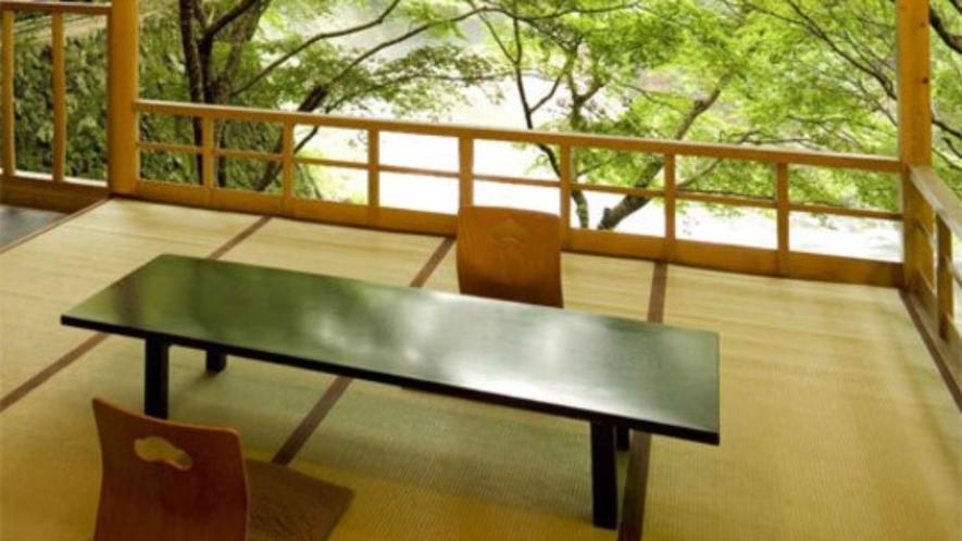 【川床(6/1~9/30期間限定)】京都の夏を涼しく過ごす≪納涼床≫