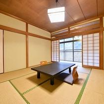 *【和室8畳】木の香の和室でごっゆくりとお過ごしください。