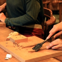 箸作り体験 ノミ使い