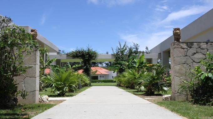 【WEB割】沖縄の自然を実感!コテージ個室ステイ【バーベキューの夕食付き】