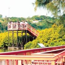 億首川プロムナードでは展望デッキでマイナスイオンたっぷりの空気が味わえます。
