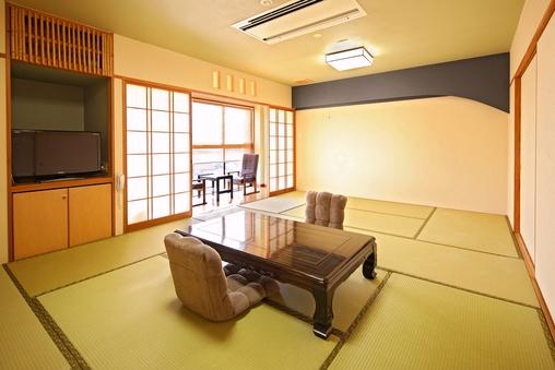 【新館和室】12畳+広縁2畳
