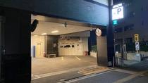 ■駐車場入り口■