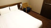 ■ダブルルーム15平米(ベッド幅140cm×195cm)■