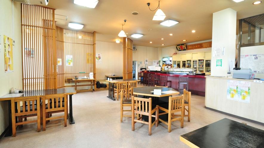 【隣接飲食店】テーブル席1