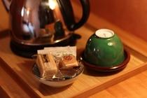 お茶とお菓子のセット