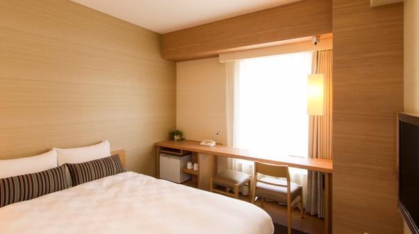 【喫煙室】モダレットルーム2名利用ベッド幅140cm