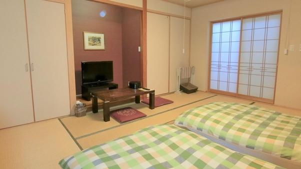 【和室10畳】床敷きマットレス(101号室)