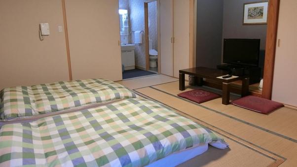 【和室10畳】床敷きマットレス(102号室)