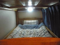 Western Style Lower Bunk Bed