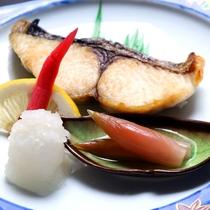海の恵の素材を活かした料理に舌鼓♪