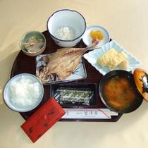 *【朝食一例】浜名湖の爽やかで清々しい朝の空気の中で、お召し上がり下さい。