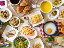 バラエティ豊かな朝食ブッフェ