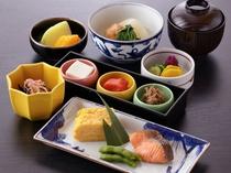 和食レストラン「羽衣」の和定食(朝食)