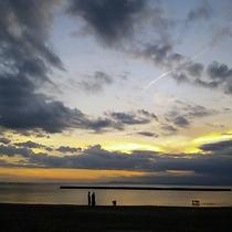 【駿河湾】ゆっくり流れる刻を感じながら、浜辺のおさんぽがおすすめです。