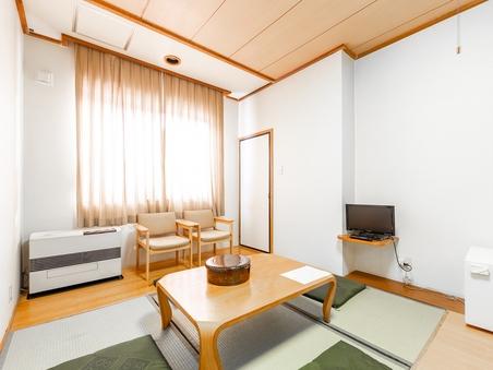 【喫煙】和室三人部屋(トイレ無し)
