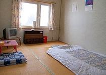 和室の一例です。日当たりがよく明るい部屋が多いです