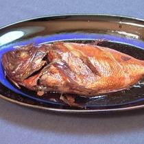 *料理一例/伊豆ならではの海の幸!全てのプランのご夕食に金目鯛の煮付けをお出しします。