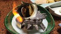 *夕食一例/さざえのつぼ焼きも網元の宿ならでは。コリコリとした食感をお楽しみください。